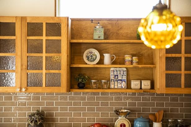 造作の棚は生活スタイルに合わせてお作りできます。