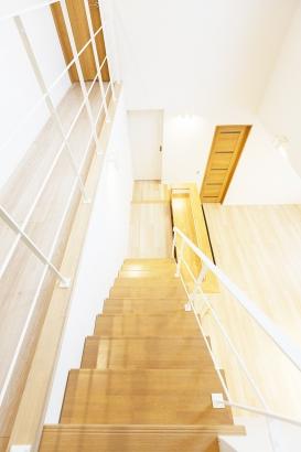 階段と吹抜け
