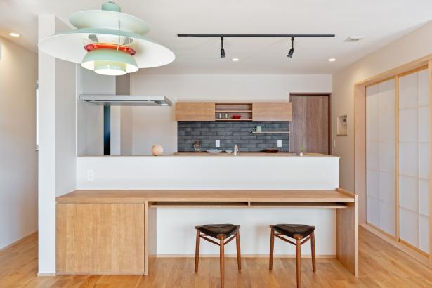 造作でつくるキッチン収納