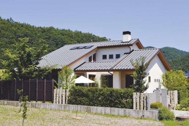 迫力のある外観 地域に合ったモダンなデザイン住宅